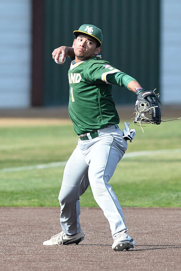 Midland College's Fernie Zubia (1) fields the ball to first base during the game against McLennan Community College Feb. 2, 2019, at Christensen Stadium. James Durbin / Reporter-Telegram Photo: James Durbin / Midland Reporter-Telegram / ? 2019 All Rights Reserved