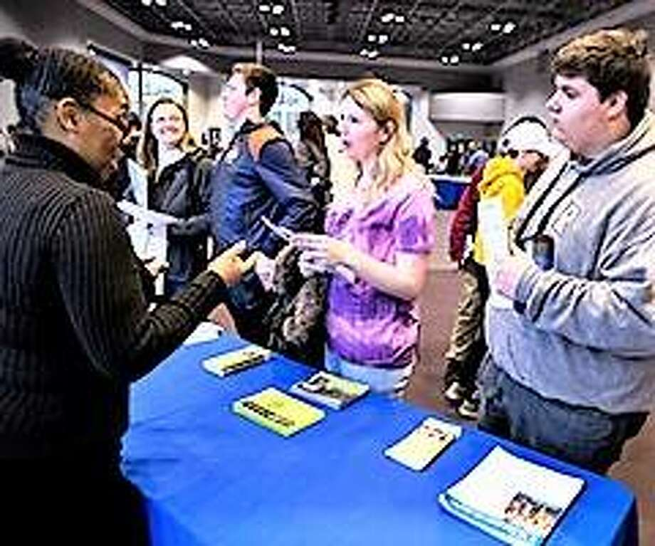 L&C employee gives future students a taste of campus life. Photo: L&C Community College