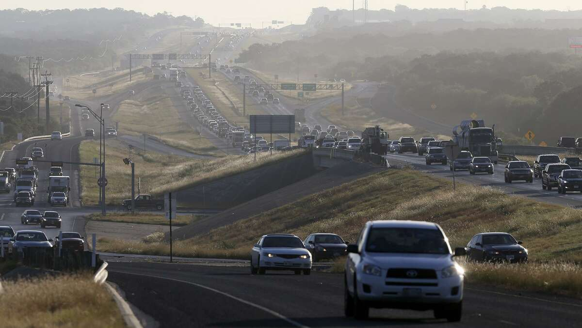 Tailpipe exhausts from traffic accounted for about 38 percent of greenhouse gas emissions in San Antonio in 2016, according to a recent inventory that serves as a baseline for a new proposed climate plan.
