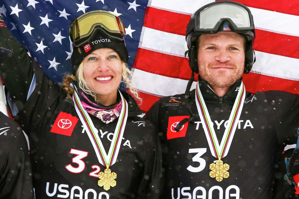 PARK CITY, USA - FEBRUARY 3: Lindsey Jacobellis of USA, Mick Dierdorff of USA take 1st place during the FIS World Snowboard Championships Men's and Women's Snowboardcross Team Event on February 3, 2019 in Park City, USA. (Photo by Laurent Salino/Agence Zoom/Getty Images)