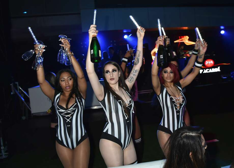 PHOTOS: A look inside some of the Super Bowl parties in Atlanta over the weekend ATLANTA, GA - FEBRUARY 02:  A general view of atmosphere is seen at Sports Illustrated Saturday Night Lights powered by Matthew Gavin Enterprises and Talent Resources Sports on February 2, 2019 in Atlanta, Georgia.  (Photo by Jeff Kravitz/FilmMagic) Browse through the photos above for a look inside some of the Super Bowl parties in Atlanta over the weekend ... Photo: Jeff Kravitz/FilmMagic