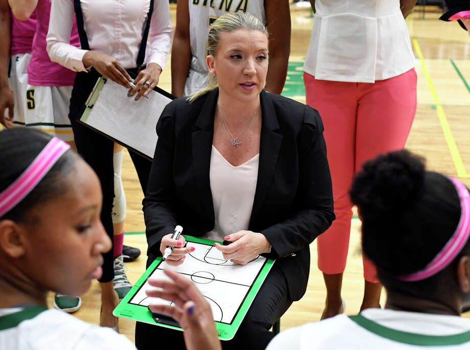 Siena head coach Ali Jaques instructs her players against Marist during the first half of an NCAA women's college basketball game Friday, Feb. 1, 2019, in Loudonville, N.Y. Photo: Hans Pennink, Times Union / 40046056A