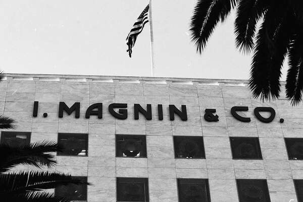 It is announce that the I. Magnin store at Union Square is closing, November18. 1994