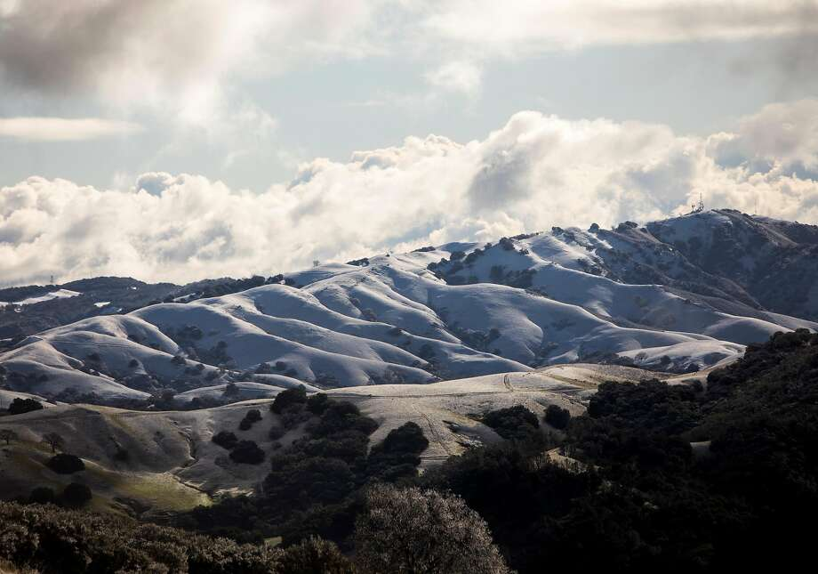 Snow covers the Morgan Territory hills in Livermore, Calif. as seen from Mount Diablo in Walnut Creek, Calif. Tuesday, Feb. 5, 2019. Photo: Jessica Christian / The Chronicle