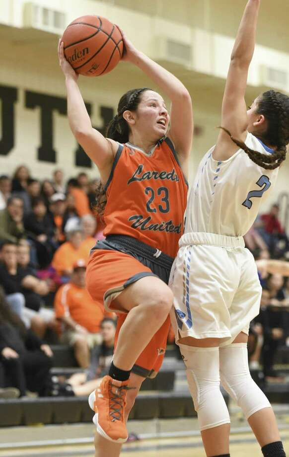 Angelina Lopez and United South host Natalia Trevino and United at 7 p.m. Tuesday in the regional quarterfinals. Photo: Danny Zaragoza /Laredo Morning Times File