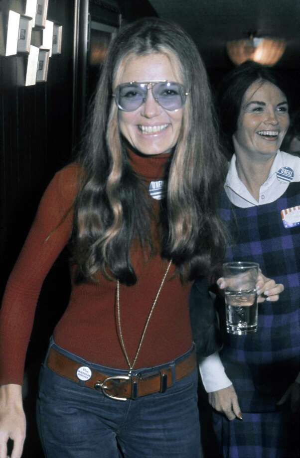 LOS ANGELES - OCTOBER 15: Activist, journalist and leader of the feminist movement Gloria Steinem attends a fundraiser and rally for California State Senate candidate Catherine O'Neill (in Checked dress) at actor Lorne Greene's house on October 15, 1972 in Los Angeles, California. (Photo by Michael Ochs Archives/Getty Images) Photo: Michael Ochs Archives / Getty Images / Michael Ochs Archives