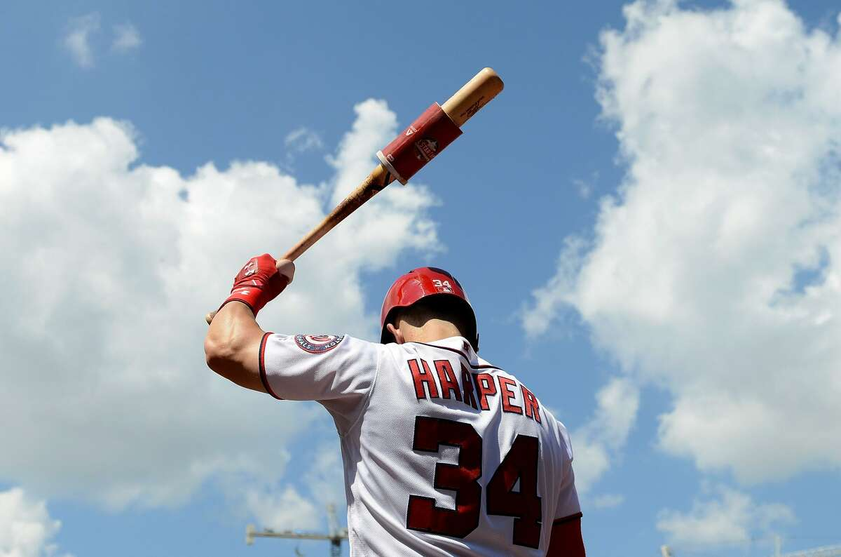 Bryce Harper, who led the National League with 130 walks last season, is showing similar patience while viewing pitches from teams this offseason. The Giants are the latest to show interest in the All-Star free agent.