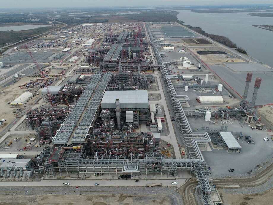Aerial view of the construction at Sempra Energy's Cameron LNG export terminal near Hackberry, Louisiana. Cameron LNG is asking federal regulators for permission to begin the Louisiana facility's first liquefied natural gas export shipments. Photo: Courtesy Photo / Sempra Energy