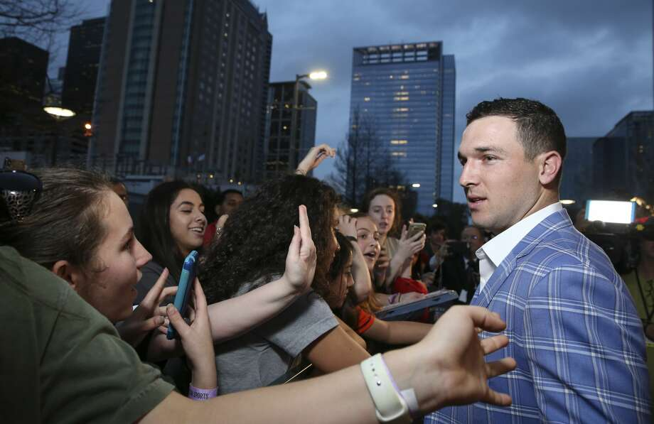 PHOTOS: Houston celebrities at the Houston Sports Awards