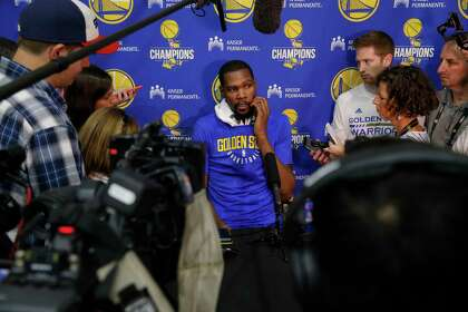 12796100013 Warriors Kevin Durant (35) speaks to the media during the Golden State  Warriors practice session in downtown Oakland