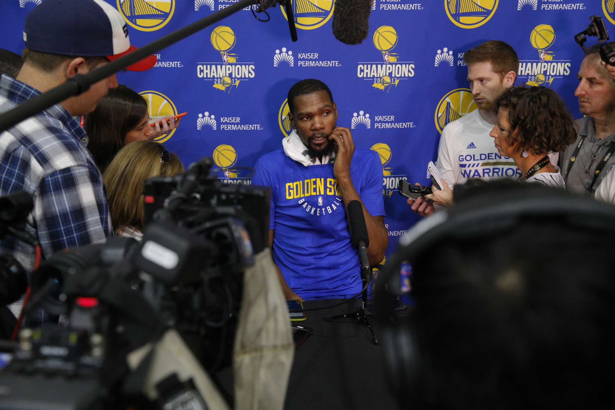 52ef5b3d8 Smith  Kevin Durant yells at NBA circus he helped create ...