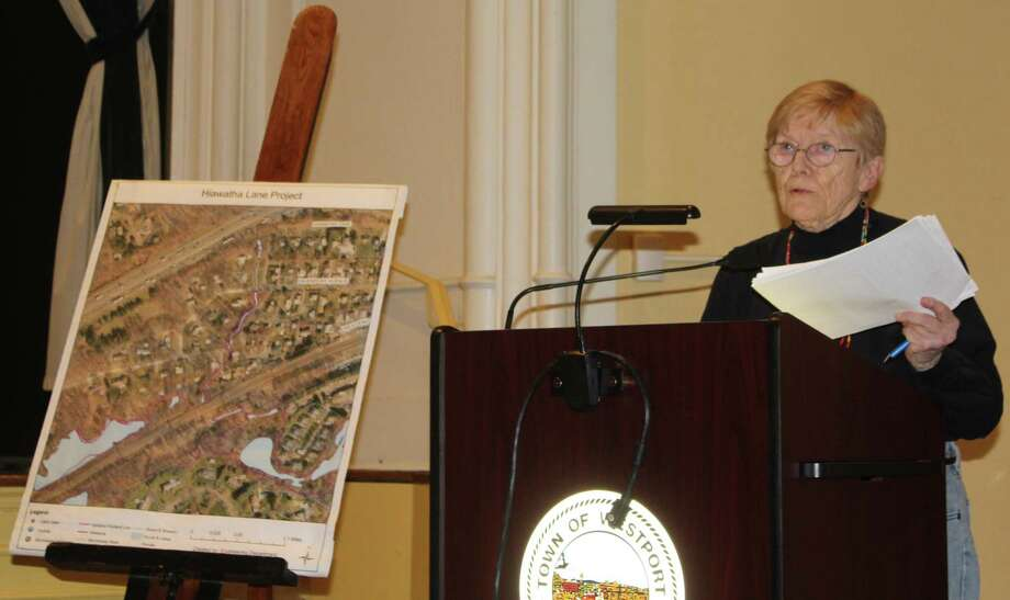 Resident Carolanne Curry spoke out against an application from Summit Saugatuck for a rental unit building on Hiawatha Lane Extension at the Feb. 5 Representative Town Meeting. Photo: Sophie Vaughan / Hearst Connecticut Media / Westport News