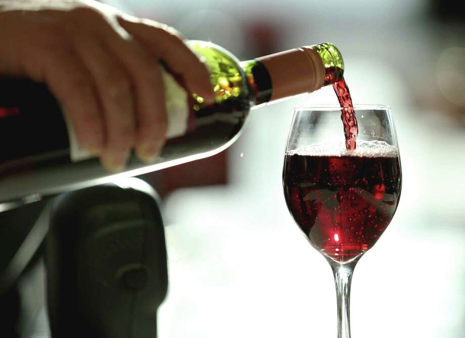 The Rotary Club of Champions Sunrise will host a wine tasting and jazz concert to benefit the Pearl Fincher Museum of Fine Arts on Sunday, Feb. 17. Photo: Yi-Chin Lee, Staff / Houston Chronicle / © 2015  Houston Chronicle