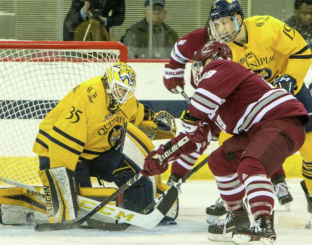 Goalie Andrew Shortridge and the Quinnipiac men's hockey team faces rival Yale on Friday night in Hamden.