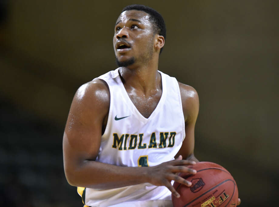 Midland College's Montre Gipson (1) looks to shoot against Frank Phillips College Feb. 7, 2019 at Chaparral Center.  James Durbin/Reporter-Telegram Photo: James Durbin / ? 2019 Midland Reporter-Telegram. All Rights Reserved.