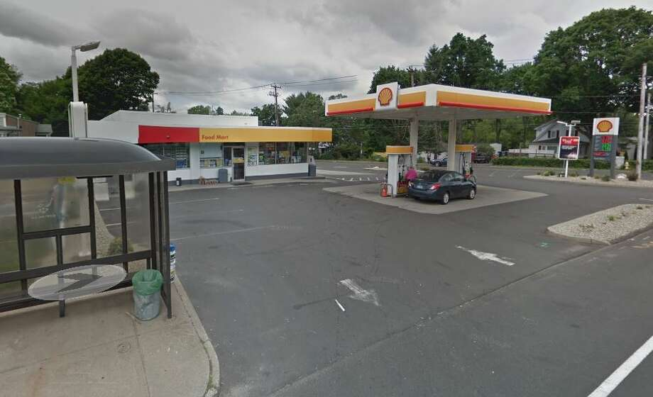 Shell gas station at 272 Maple Ave. in North Haven. Photo: Google Maps Street View