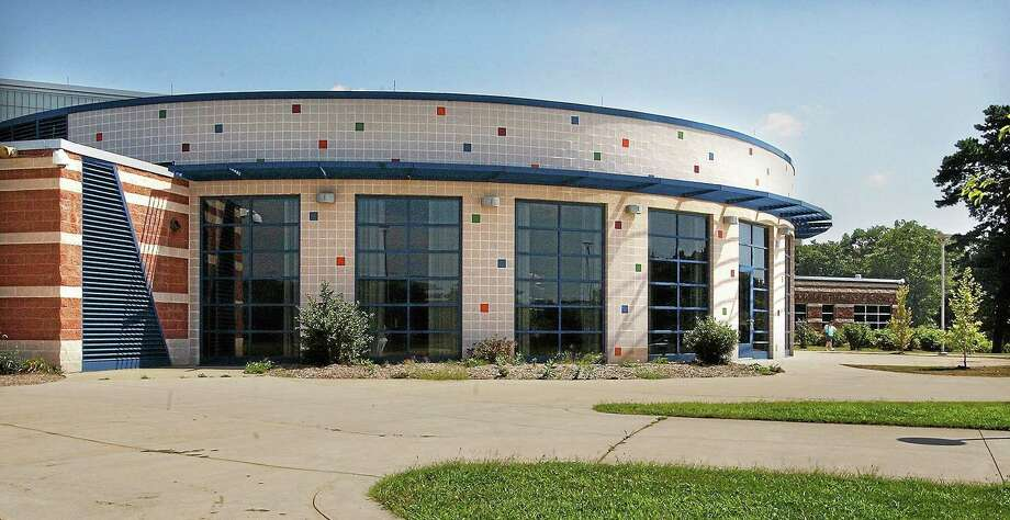 Woodside Intermediate School in Cromwell. Photo: File Photo