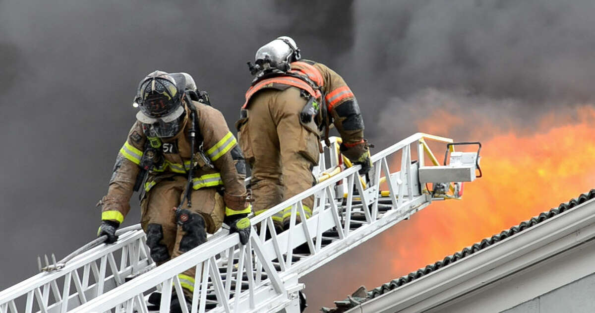 Houston firefighters respond to a two-alarm apartment fire in the 2700 block of Briargrove Dr. in the Galleria area.