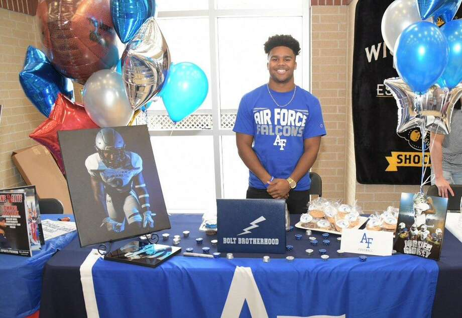 Tomball Memorial student-athlete Jorden Gidrey signed to continue his education and football career at the Air Force Academy on National Signing Day, Feb. 6. Photo: Tomball ISD Communications
