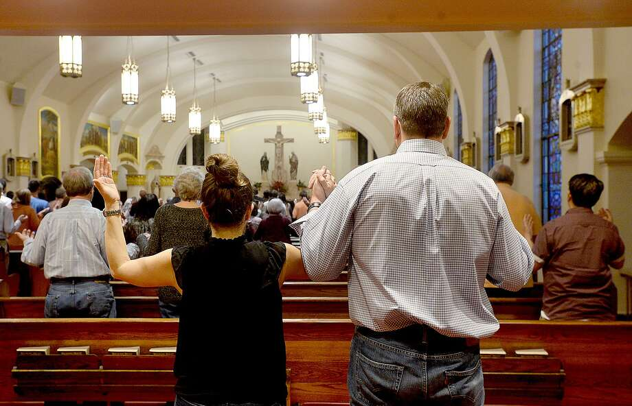 Texas churches, clergy and parishioners continue to grapple with the naming of priests accused of sexual misconduct. A reader says healing cannot begin until all the truth is revealed. Photo: Kim Brent /Beaumont Enterprise / BEN