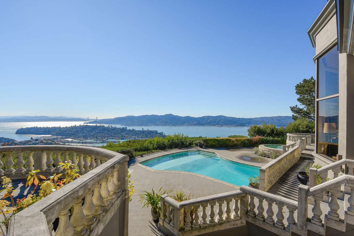 A private gated estate at 11 Place Moulin in Tiburon has extraordinary unobstructed views.