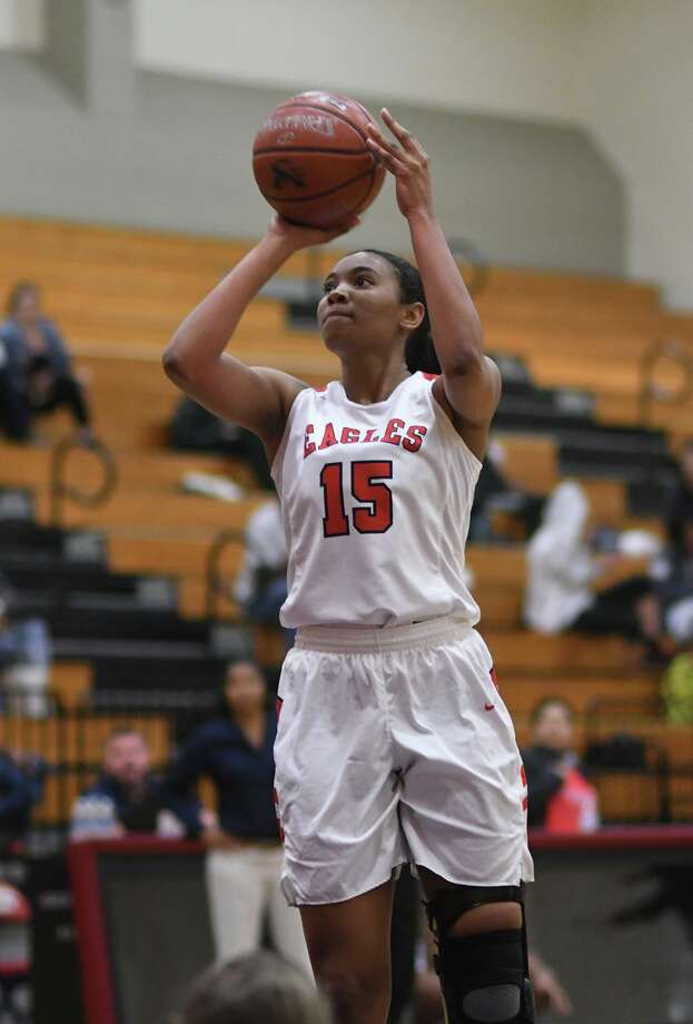 Atascocita Lady Eagle Elyssa Coleman (15) sets for a shot against Dobie during their District 22-6A matchup at Atascocita High School on Jan. 25, 2019. Photo: Jerry Baker, Houston Chronicle / Contributor / Houston Chronicle
