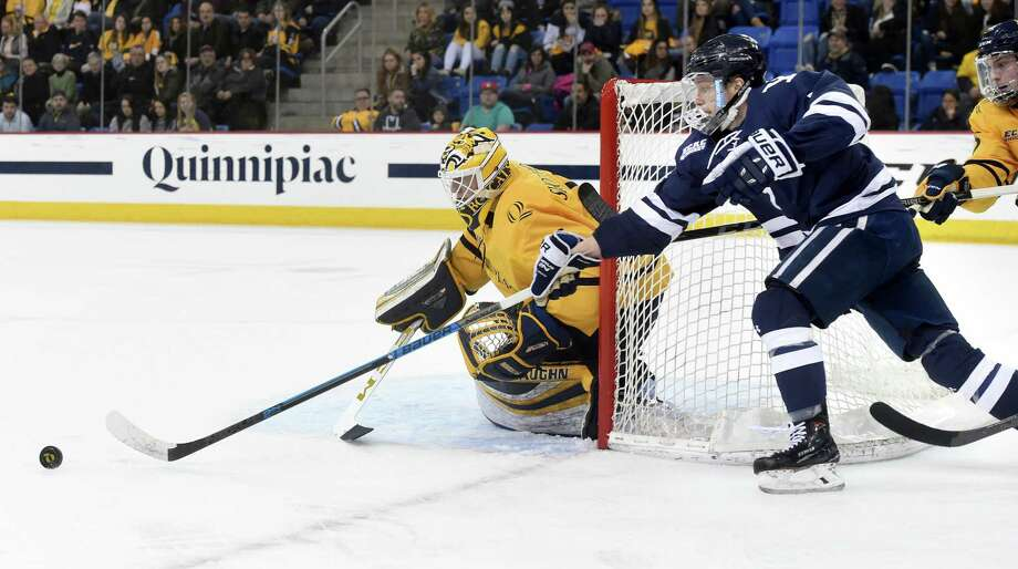 Quinnipiac goalie Andrew Shortridge posted his fourth shutout of the season in Friday's win over Yale. Photo: Arnold Gold / Hearst Connecticut Media / New Haven Register
