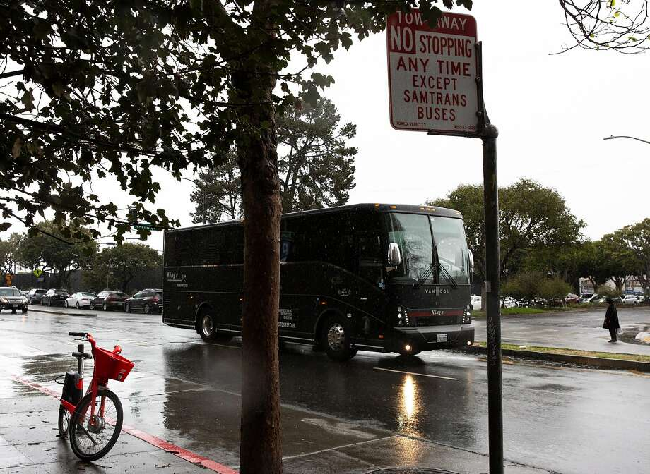 A block of parking on the west side of Drumm Street has been taken out of service to make room for a rest stop for SamTrans bus drivers. Photo: Santiago Mejia / The Chronicle