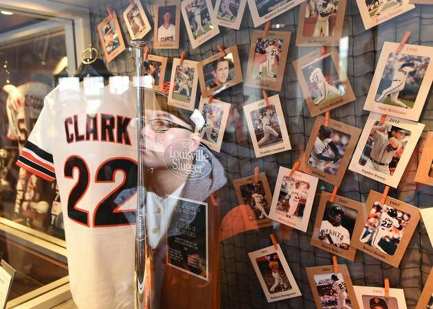 Giants fans try to summon optimism after sluggish start to season