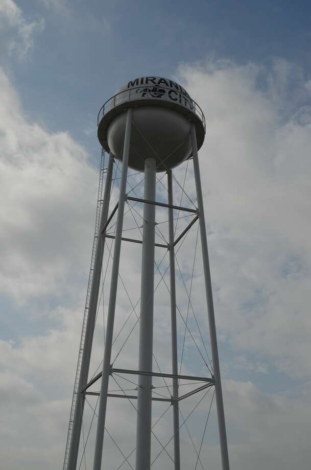 The 60,000-gallon elevated water storage tank replaces the standpipe design, which did not meet Texas Commission on Environmental Quality regulations, Webb County said. Photo: Courtesy