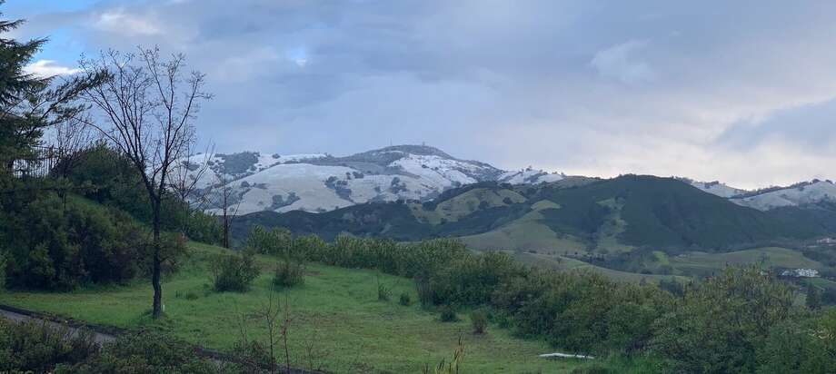 It snowed overnight on Mount Diablo, and Bay Area residents woke up on Feb. 10, 2019 to snow-dusted peaks. Photo: Bijan Sartipi/Courtesy