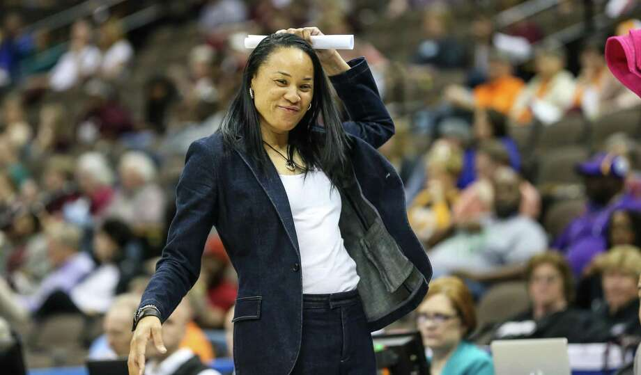 Coach Dawn Staley and 15th-ranked South Carolina take on No. 5 UConn on Monday in Hartford. Photo: Associated Press File Photo / FR171182 AP