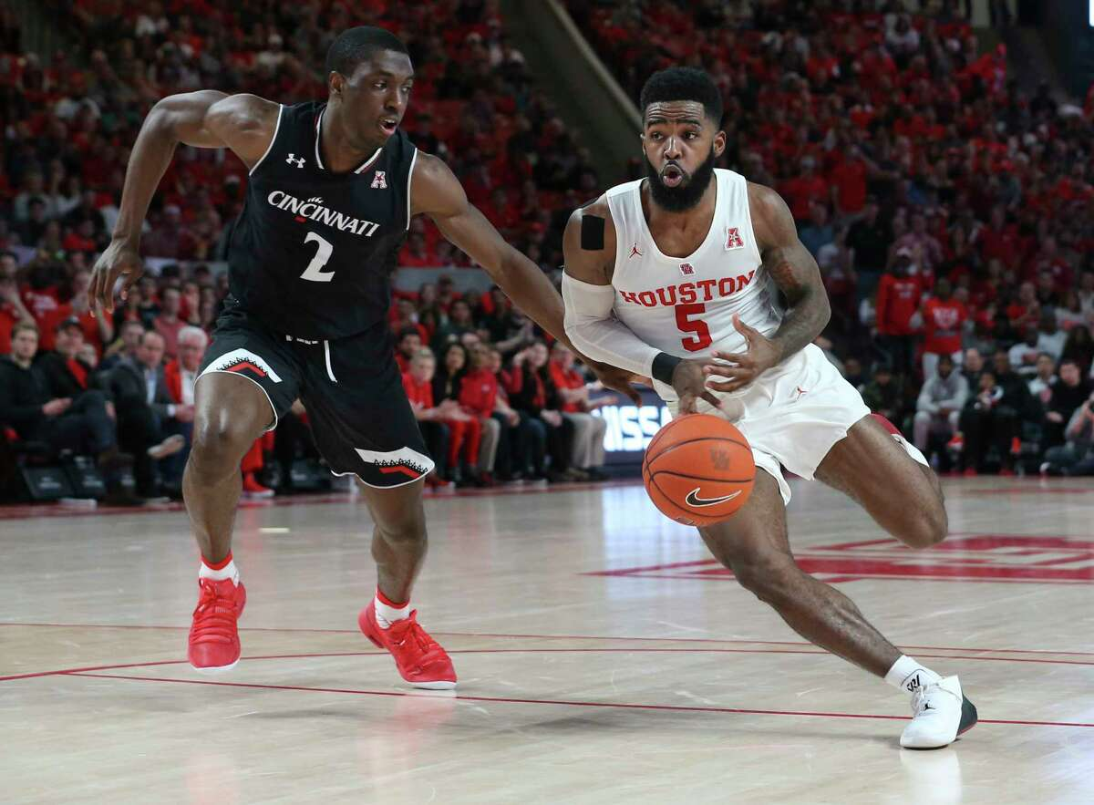 The star Corey Davis Jr. The Lafayette, La., native spent two years at San Jacinto College before transferring to UH, and now he's the Cougars' leading scorer, averaging 16.7 points per game. He's the 48th player in school history to score at least 1,000 career points.