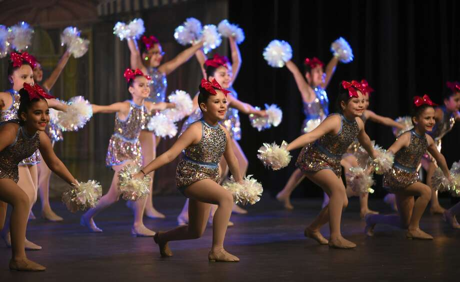 The Colonel Santos Benavides Danzerettes perform a dance routine on Saturday, Feb. 9, 2019, at Laredo College's Guadalupe and Lilia Martinez Fine Arts Theater during the WBCA Youth Song and Dance Festival. Photo: Danny Zaragoza/Laredo Morning Times