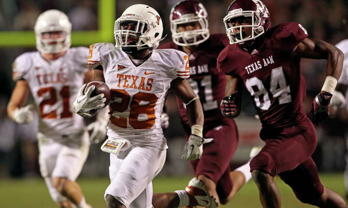 UT's Quandre Diggs sprints his way to a long gain in the last meeting between Texas and Texas A&M, won 27-25 by the Longhorns on Nov. 24, 2011.