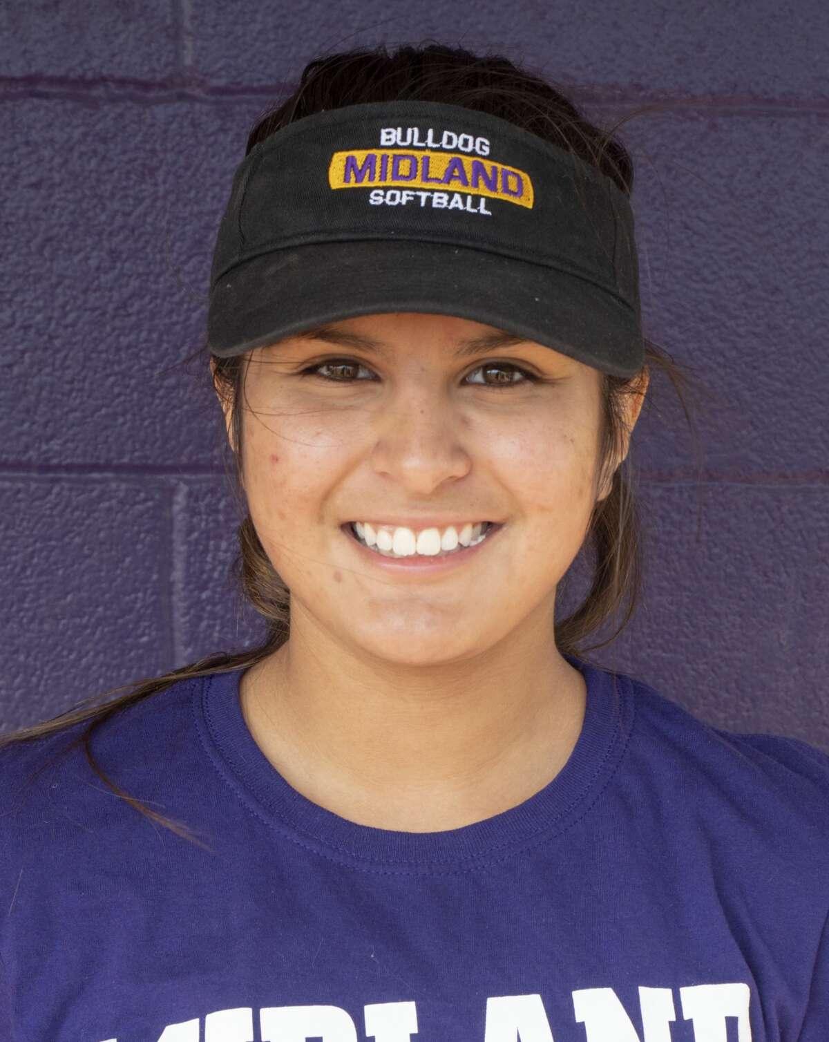 Lady Bulldogs Softball: Phoebe Baesa