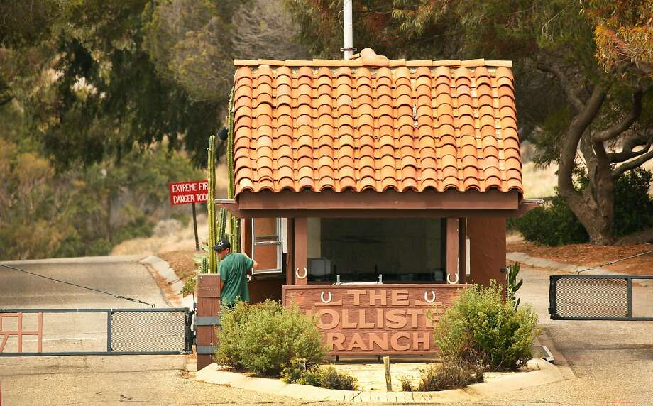 Hollister Ranch's gatehouse guard allows only owners and designated guests to enter the secluded oceanfront property. Photo: Al Seib / Los Angeles Times