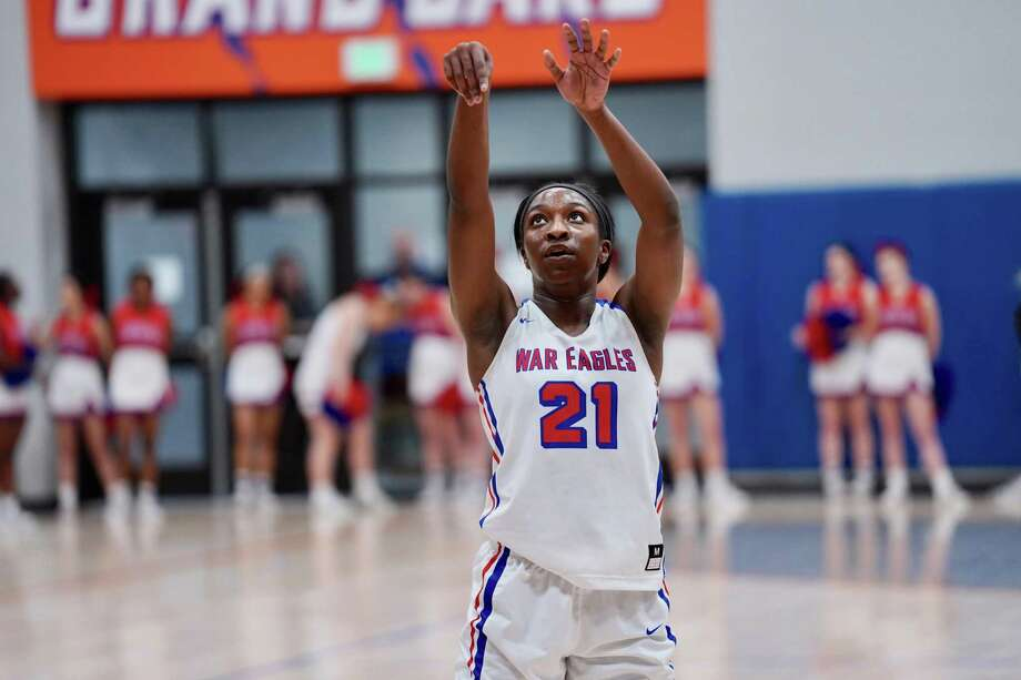 Oak Ridge senior Alecia Whyte led the Lady War Eagles with 28 points during a playoff win over Dekaney on Monday. Photo: Ted Bell