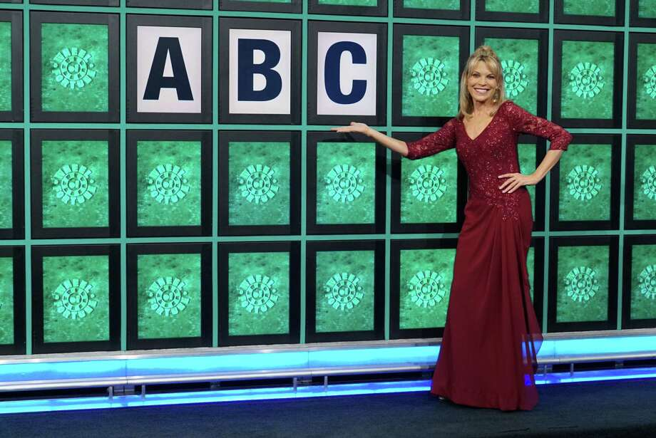 Can You Guess Wheel Of Fortune Host Vanna Whites Net Worth New