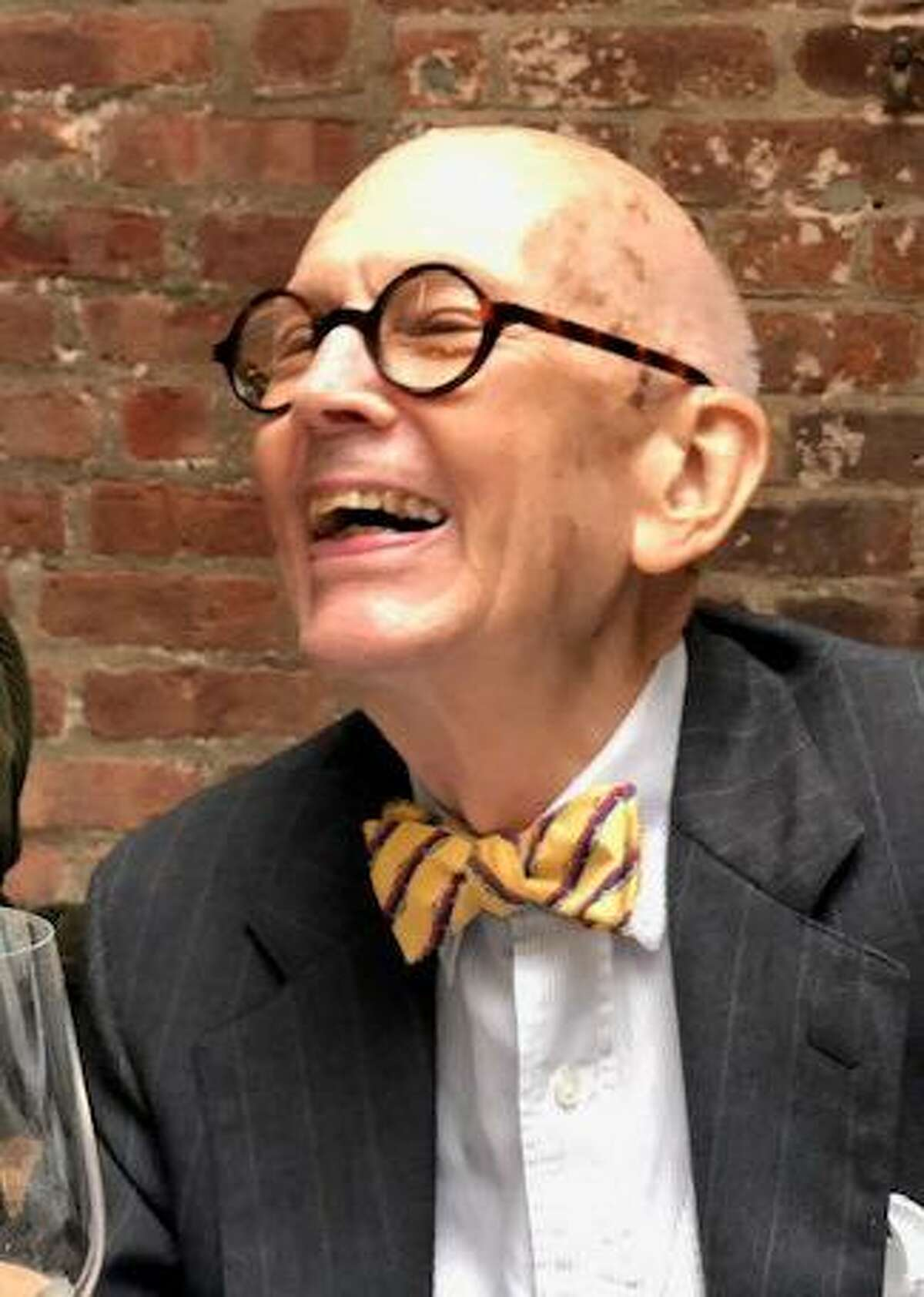 Bill Lassiter, a beacon of Houston's art community since the 1950's, died Monday at the age of 86.