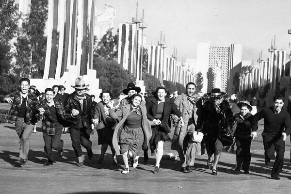 Photos of opening day of the Golden Gate International Exposition, February 18, 1939