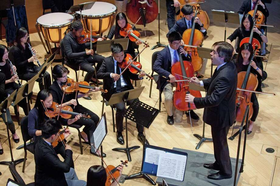 The Hotchkiss Orchestra in concert Photo: Jonathan Doster / ©2015Doster