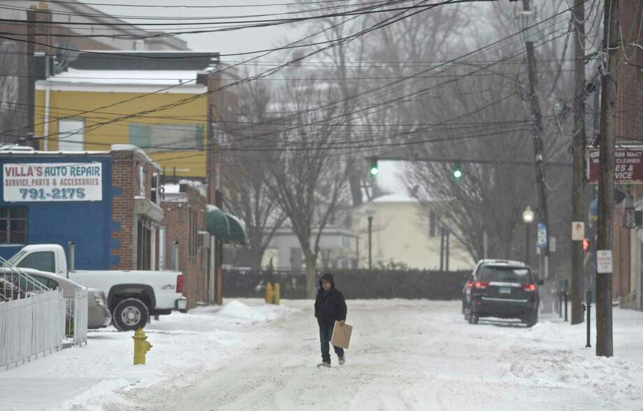 Winter snow storm on Tuesday, February 12, 2019, in Danbury, Conn. Photo: H John Voorhees III, Hearst Connecticut Media / The News-Times