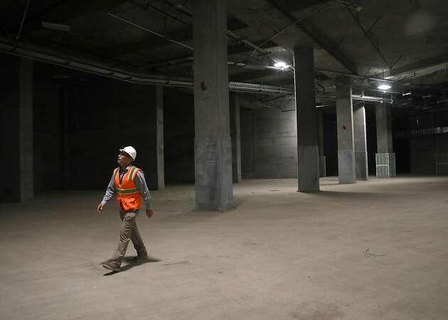 New rail plan a big setback for future terminal under Transbay Transit Center