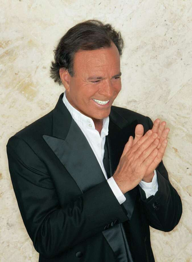 Julio Iglesias Photo: Courtesy / Courtesy