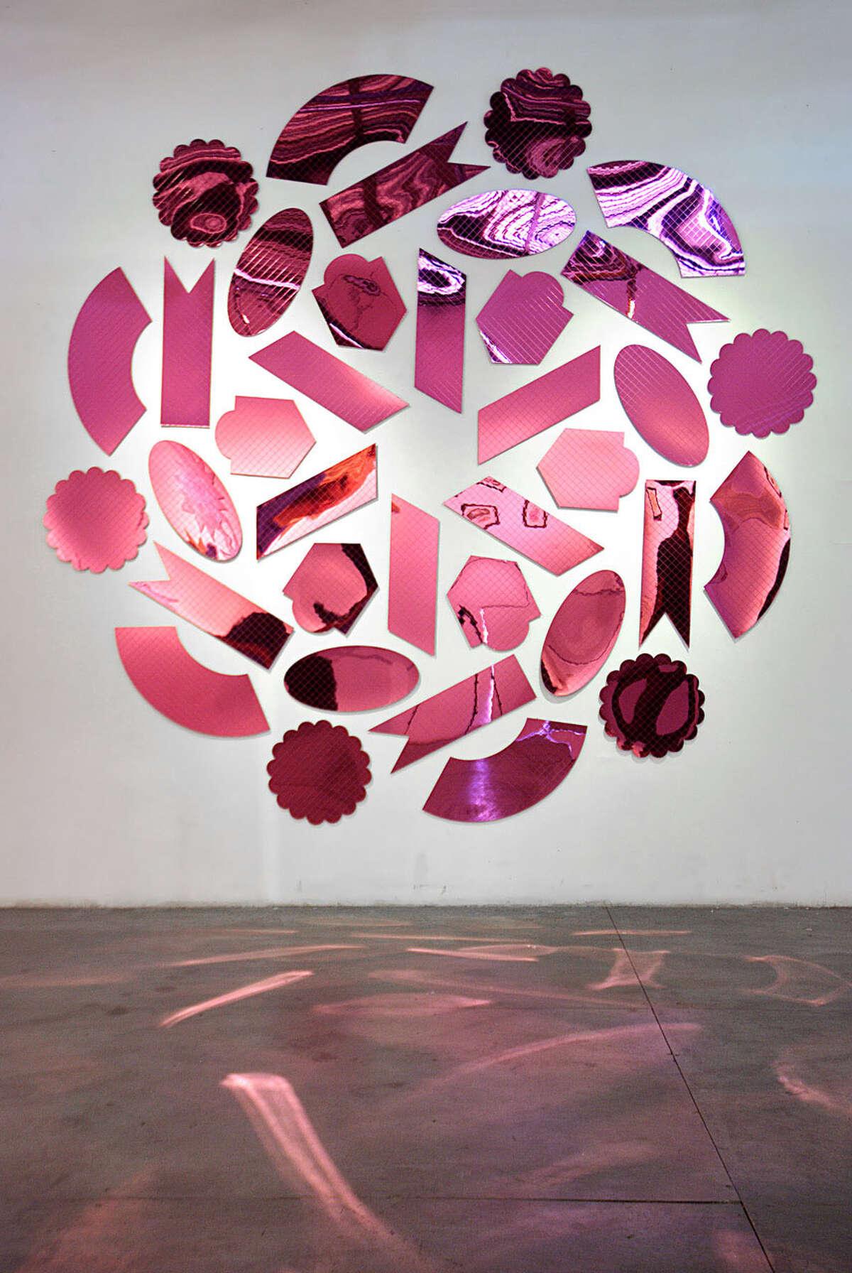 Amelia Toelke, Dragonfruit, 2014. Mirrored acrylic. (Photo courtesy the gallery)