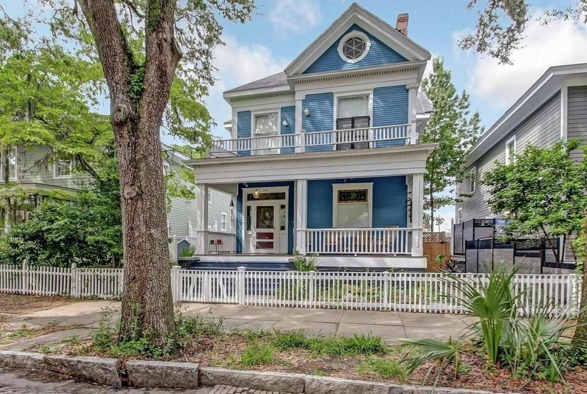 """The Haint House. Price: $90.""""Visit Downtown Savannah! Renovated and perfectly situated historic house 6 blocks from must see Forsyth Park. Walk to restaurants and cafes while you enjoy the art galleries & beautiful sites of Savannah. Solidly in the Starland District. Short walk to free historic district trolley pickup!"""" View full listing on Airbnb."""