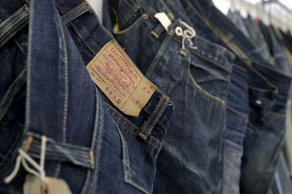 1906760b9b Levi Strauss files to go public — again - SFChronicle.com