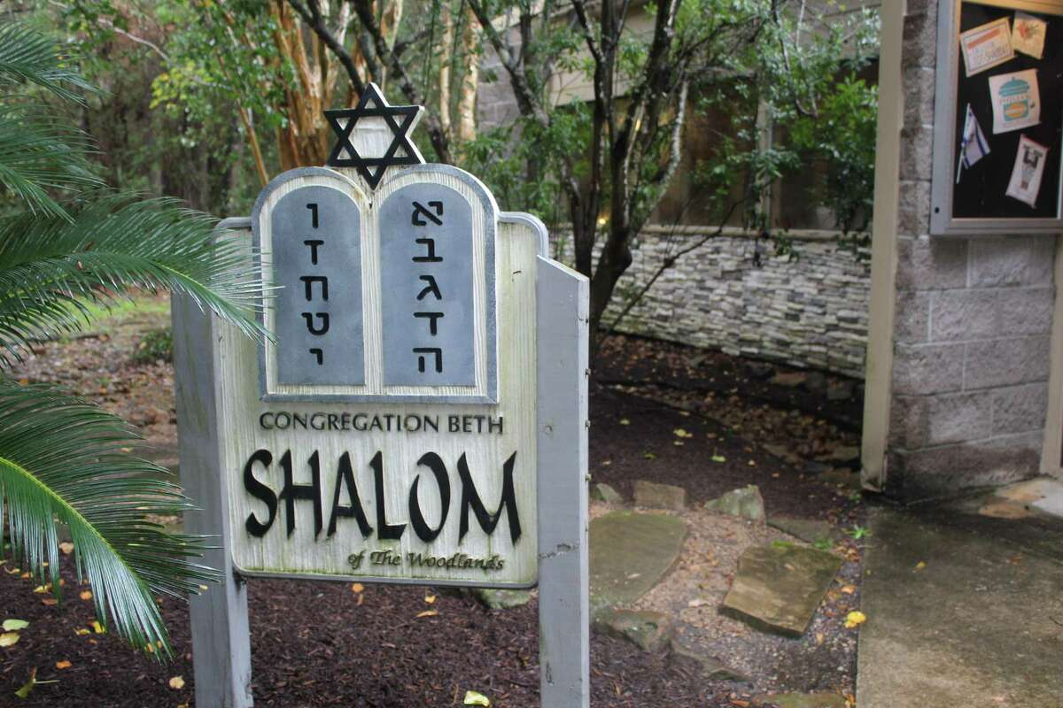 Congregation Beth Shalom of The Woodlands, one of two synagogues in the area, is bringing back their art auction fundraiser, this time to feed the hungry in the community.The auction is taking place March 2 at the synagogue along Shadowbend place. Preview of the auction items is to begin at 6 p.m. and the bidding will start at 7 p.m.