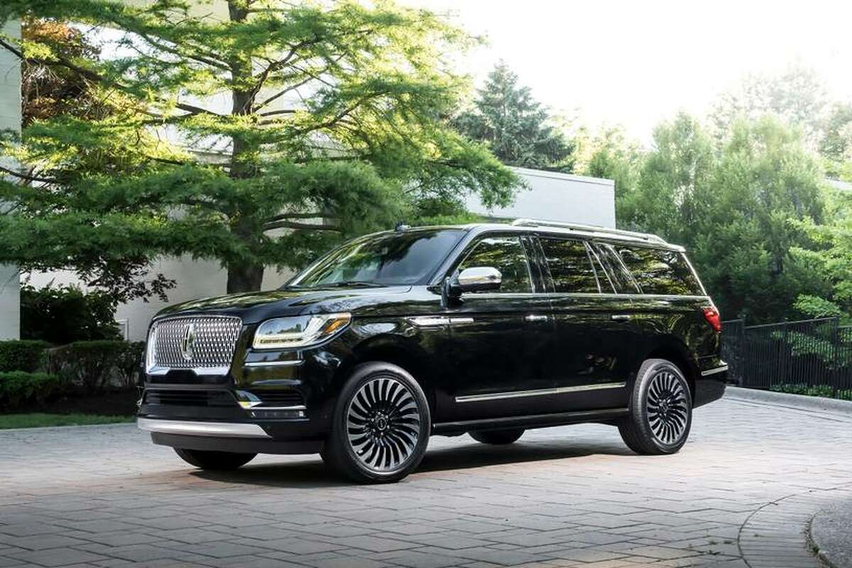 14. Lincoln Navigator Percentage of vehicles over 200,000 miles in U.S.: 2.2%